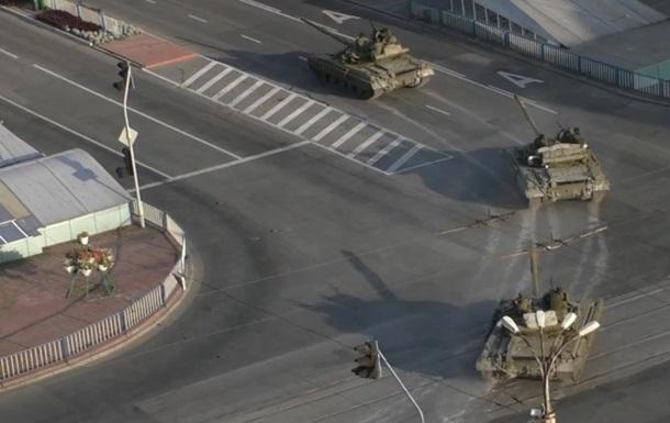 В Луганск вошла колонна военной техники  ополченцев  - пресс-центр АТО