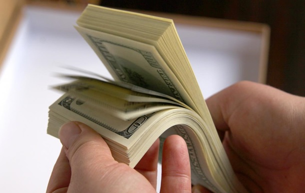 Межбанк закрылся долларом по 11,74 гривен