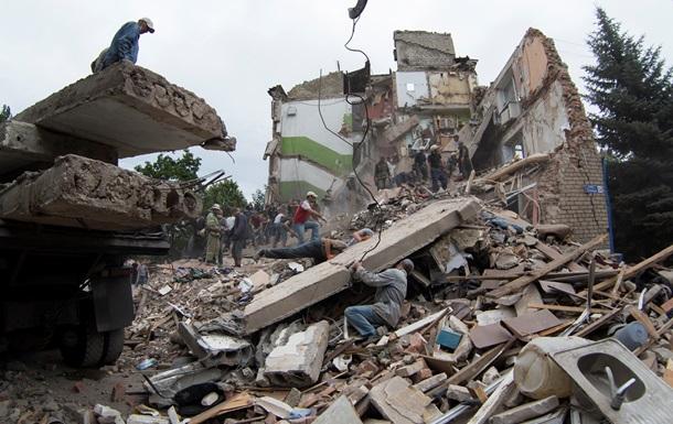 Обнародованы новые фото разрушений в Снежном