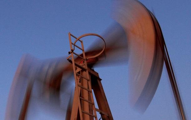 На срочной и электронной биржах снизилась цена нефти