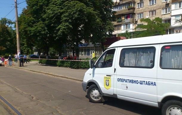 В Киеве неизвестный сообщил о заминированном автомобиле