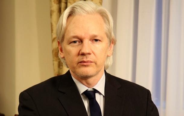 Суд Швеции отказался отозвать ордер на арест Ассанжа
