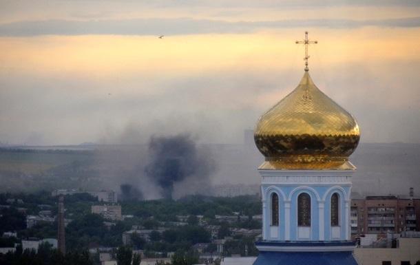 В Луганске погиб один человек, еще девять ранены - горсовет
