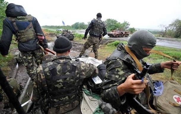 У Краснодона погибли девять военных, более 20 ранены - Ляшко