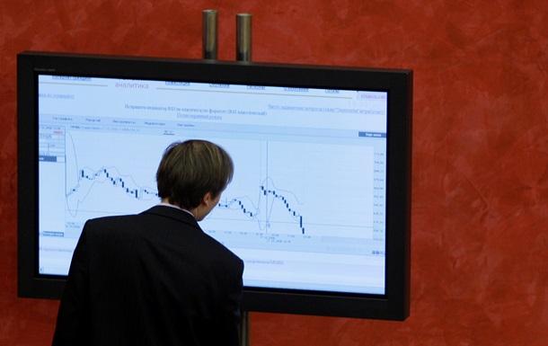 Рынки акций РФ и Европы снижаются на фоне новостей о крушении Boeing-777