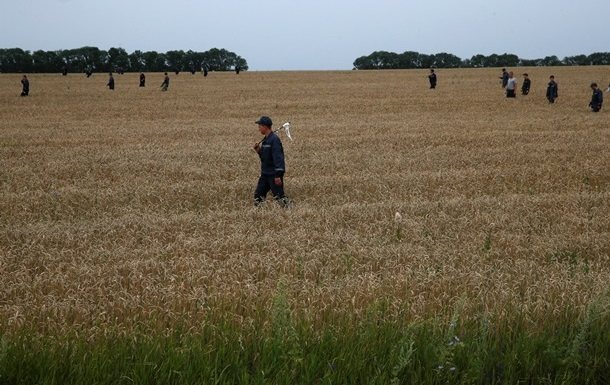 Наблюдатели ОБСЕ еще раз осмотрели место крушения Боинга