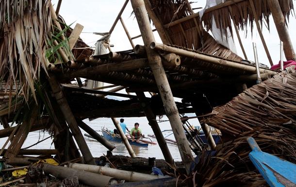 Число жертв тайфуна в Китае выросло до 17 человек