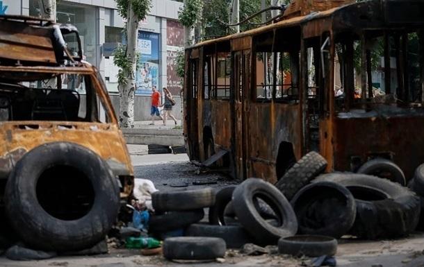 ЛНР запретила автотранспорту ездить по Луганску