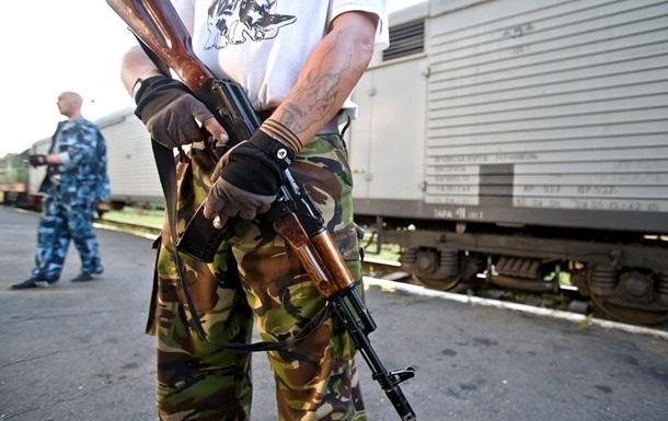 Ополченцы  готовы передать ІСАО  черные ящики  – Гройсман