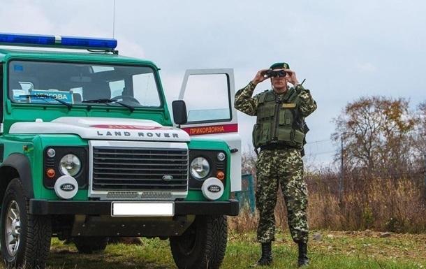 Украинским пограничникам закупят в Словакии 41 спецавтомобиль