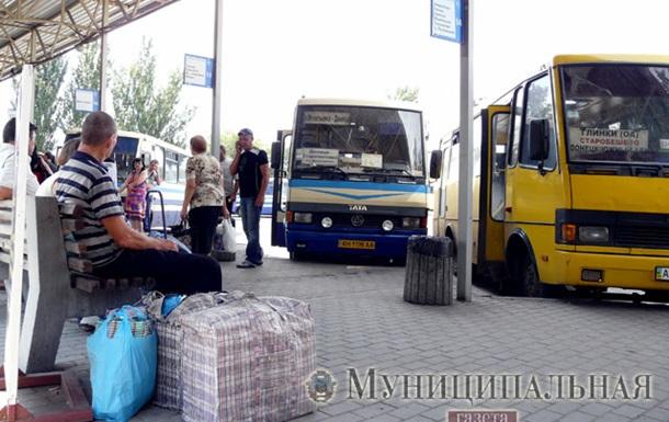 В Донецке оживился транспорт - фото