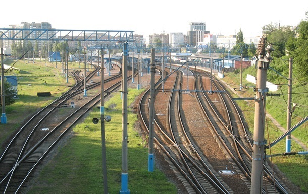 В Донецкой области подорвали два  ж/д переезда
