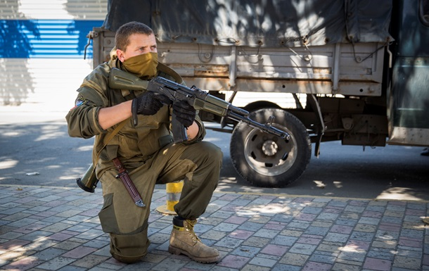 Сепаратисты отступили из района донецкого аэропорта