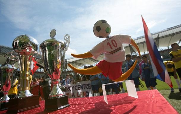Украинские юные футболисты отправились на Чемпионат мира среди детских домов