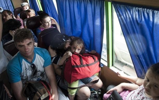 Что ждет беженцев с востока в Киеве?
