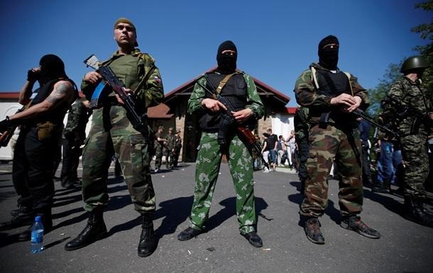 В Славянске поддерживали сепаратистов до десяти тысяч местных жителей - МВД