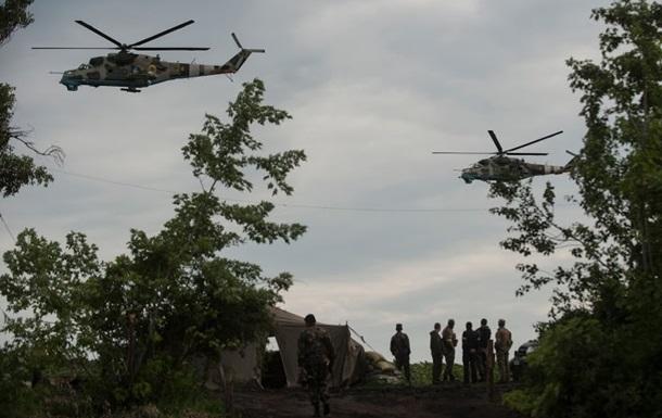 Бойцов 72 и 79 аэромобильных бригад обеспечили едой и боеприпасами