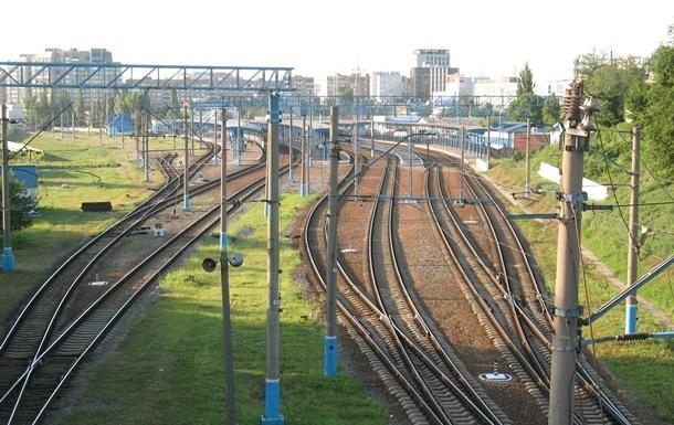 В Донецкой области угнали локомотив с машинистами