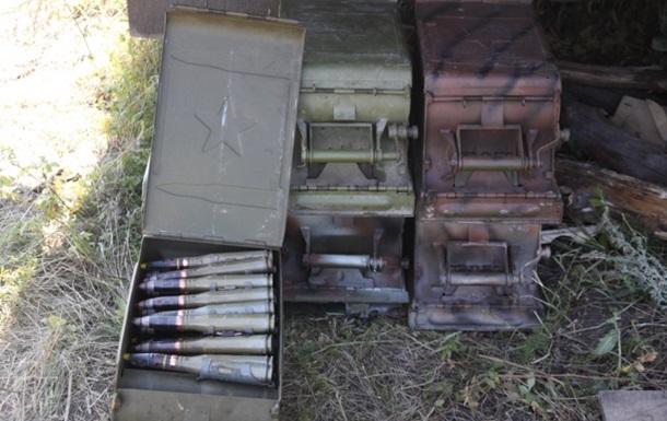 В Семеновке в частном доме обнаружили тайник с оружием