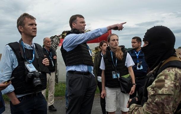 Эксперты ОБСЕ впервые за неделю попали на место крушения Боинга-777