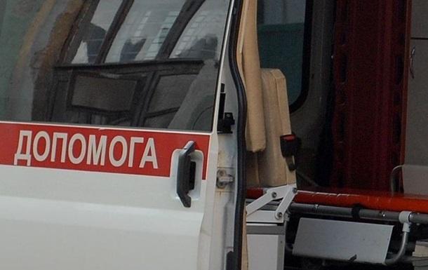 В Донецке из-за попадания снаряда в маршрутку погиб человек