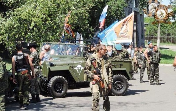 День ВДВ в Донецке  отметили  стрельбой из автоматов