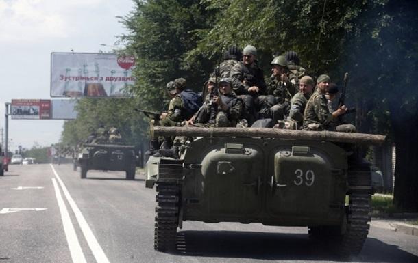 Силовики утверждают, что в сторону Донецка из России движутся 10 танков