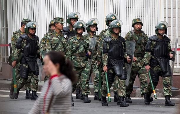 В Китае в результате беспорядков погибло 37 мирных жителей