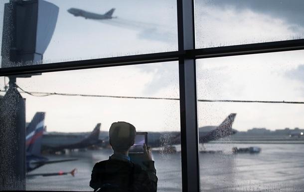 Россия запретила транзитные рейсы украинских авиакомпаний