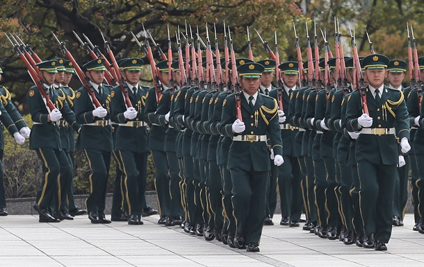 Корреспондент: Новые самураи. Японцы наращивают военную мощь