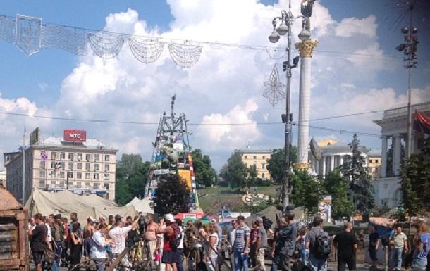 В Киеве сообщили о минировании четырех торговых центров и станции метро Петровка