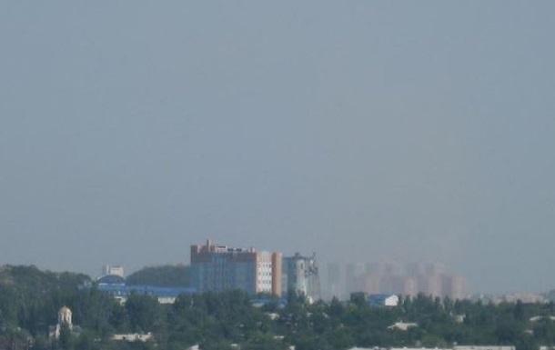 Под артобстрел попал пригород Донецка: пострадало три человека