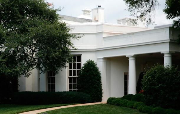 За ограду Белого дома проник маленький ребенок, охрана не стала его допрашивать
