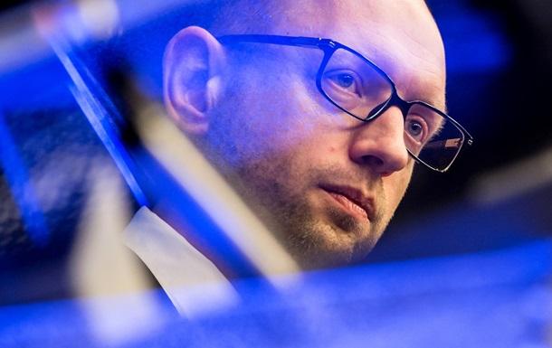 Хакеры взломали компьютеры Яценюка и украинских посольств – Financial Times