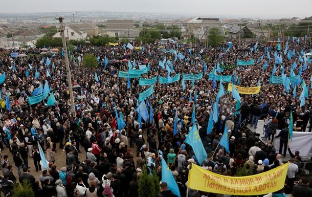 Россия продолжает не пускать в Крым лидеров крымских татар