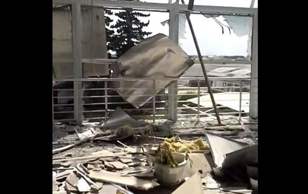 Глазами очевидца: как выглядит луганский аэропорт после обстрелов