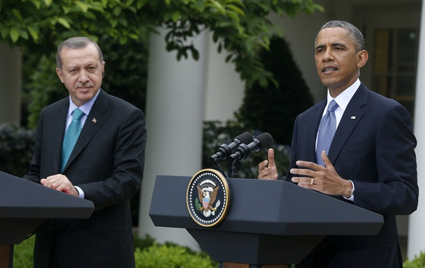 США и Турция планируют оказывать гуманитарную помощь Сирии и Ираку