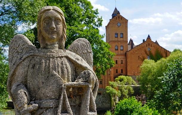 Видео: что интересного в замке-музее  Радомысль  в житомирской области