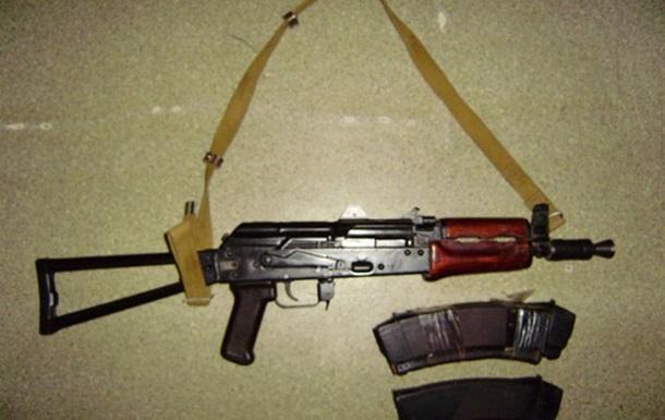 На вокзале в Мелитополе задержали мужчину, перевозившего оружие из зоны АТО