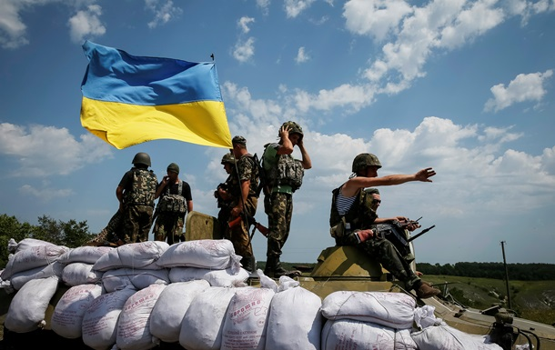 В Днепропетровской области в военкоматы вызвали десять тысяч призывников