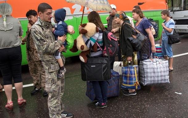 Зону АТО покинули более 415 тысяч беженцев - ООН