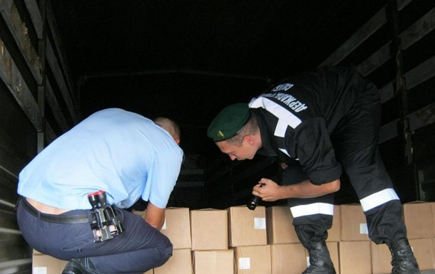Гуманитарный конвой: пограничники жалуются, что их работа заблокирована