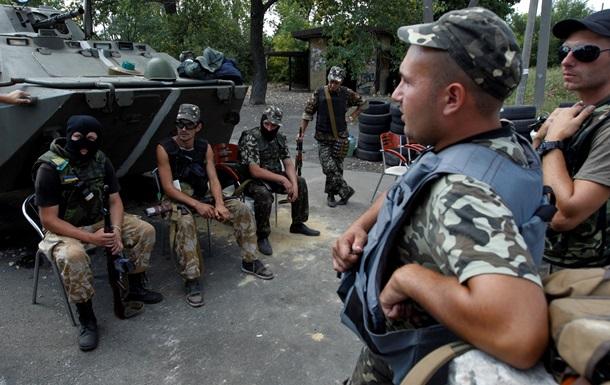 Добровольцам АТО присылают повестки в армию - СМИ