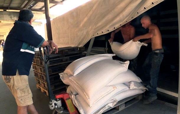 Царев рассказал о том, как будет распределяться российская гуманитарная помощь