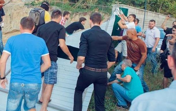 Бібіков Андрій - проти незаконної забудови
