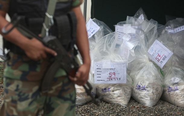 В Перу конфисковали рекордную партию кокаина