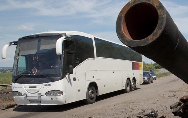 Автобусы из Донецка в Мариуполь следуют по объездной дороге