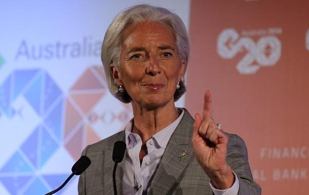 Глава МВФ продолжит работу, несмотря на разбирательства