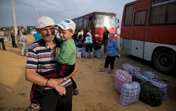 Украинских беженцев переселят из Крыма в Россию в течении недели