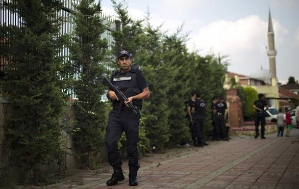 В Турции задержаны десятки полицейских по обвинению в заговоре - СМИ